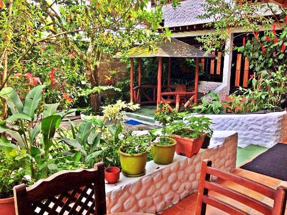 Garden Courtyard - Casa del Abuelo