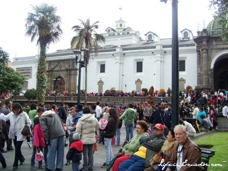 The cool climate in Quito and other areas in the Andes usually merits a jacket.