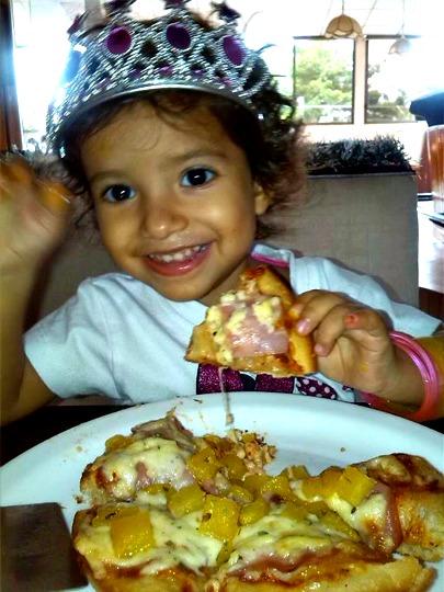 Hut Cheese Pizza