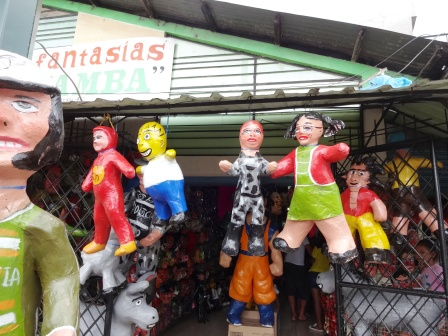 Dummies for New Years Even in Ecuador
