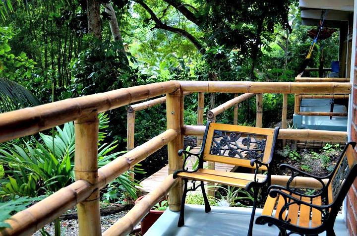 Bromelia Lodge - Montanita Ecuador