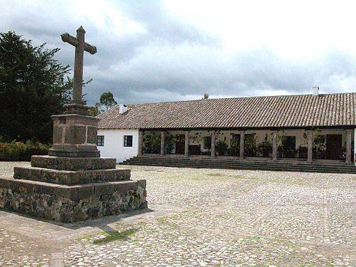 By amalavida.tv from Ecuador (Patio principal de la Hacienda de Zuleta) [CC BY-SA 2.0 (http://creativecommons.org/licenses/by-sa/2.0)], via Wikimedia Commons